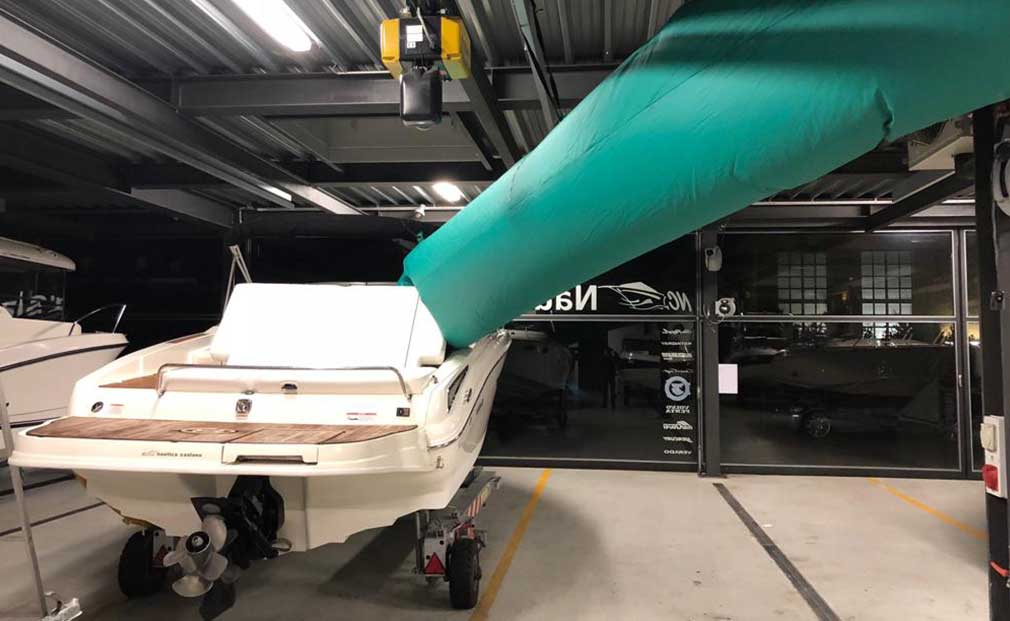 asciugatura barca per invernaggio